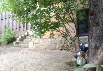 Продается участок 7сот. с ведущимся строительством шале в горах. С террас, балко. Ялта, Ялта, Крым. фото 3