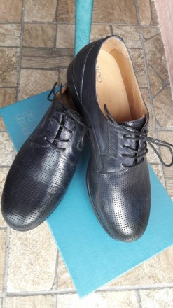 Нові шкіряні чоловічі туфлі.. колір мокрий синій.. дуже зручні.. не підійшов роз. Умань, Черкасская область. фото 2
