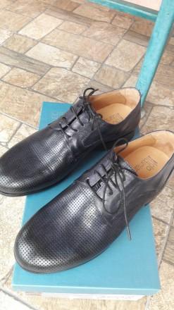 Нові шкіряні чоловічі туфлі.. колір мокрий синій.. дуже зручні.. не підійшов роз. Умань, Черкасская область. фото 3