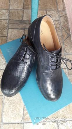 Нові шкіряні чоловічі туфлі.. колір мокрий синій.. дуже зручні.. не підійшов роз. Умань, Черкасская область. фото 1