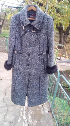 пальто. Кривой Рог. фото 1