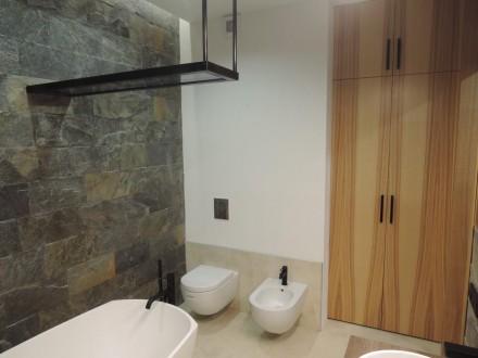 Продам стильную, с дорогим качественным ремонтом , полностью меблированную кварт. Центр, Дніпро, Днепропетровская область. фото 11