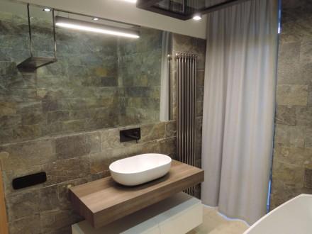 Продам стильную, с дорогим качественным ремонтом , полностью меблированную кварт. Центр, Дніпро, Днепропетровская область. фото 10