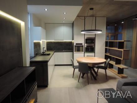 Продам стильную, с дорогим качественным ремонтом , полностью меблированную кварт. Центр, Дніпро, Днепропетровская область. фото 1