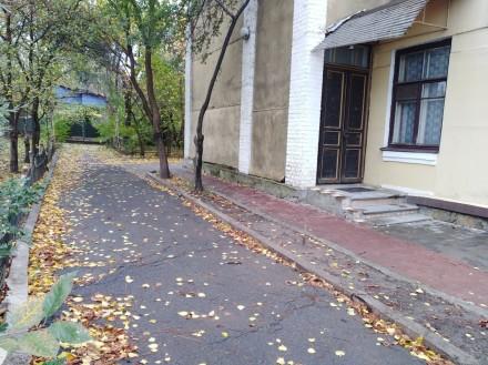 Площадь помещения: 112м  Высота помещения: 4м  Площадь земельного участка: 400м . Белая Церковь, Киевская область. фото 6
