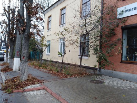 Площадь помещения: 112м  Высота помещения: 4м  Площадь земельного участка: 400м . Белая Церковь, Киевская область. фото 3