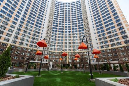 Квартира находится в жилом комплексе Тридцать Вторая Жемчужина, что расположен в. Приморский, Одесса, Одесская область. фото 2