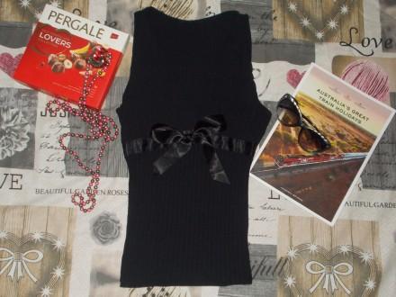Черная маечка с атласным бантом. Мелитополь. фото 1