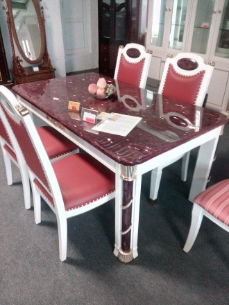 Продаются столы обеденные и жилая мебель.. Луганск. фото 1