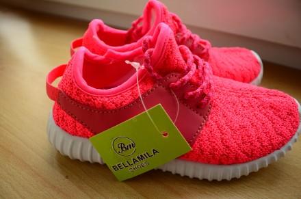 Рожеві кросівки. Луцк. фото 1