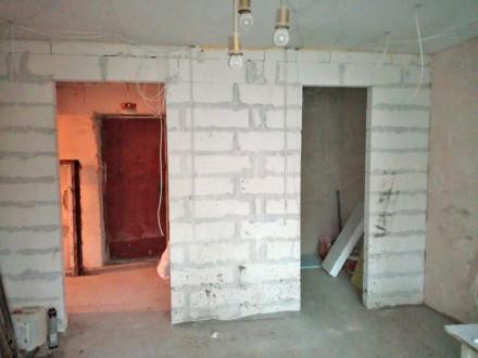 Продается 3-комн. квартира в Центре, по ул. Итальянская.  3 этаж 9-ти этажного . Центр, Бердянск, Запорожская область. фото 2