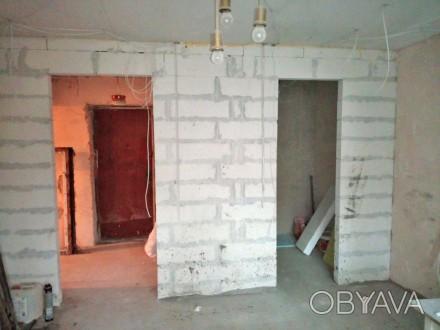 Продается 3-комн. квартира в Центре, по ул. Итальянская.  3 этаж 9-ти этажного . Центр, Бердянск, Запорожская область. фото 1