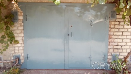 Продам капитальный гараж в ГСК Стапель-4, недалеко от ТРЦ  Метро, гараж сухой, е. Николаев, Николаевская область. фото 1