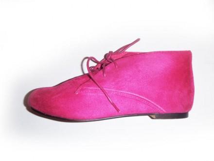 Рожеві туфлі - купити жіноче та чоловіче взуття на дошці оголошень ... f540f3d1f6244