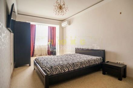 Продам четырехкомнатную квартиру ул. Нищинского Двухуровневая квартира в доме и. Центральный, Одесса, Одесская область. фото 5