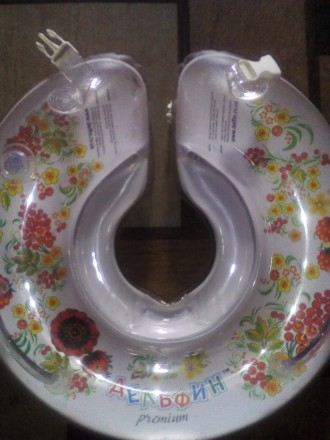 Круг для купания с погремушкой Delfin Premium, 0-36 мес., белый. Бахмут (Артемовск). фото 1