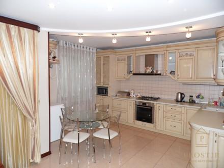 Двухкомнатная квартира евроремонт, горсад, Красный мост, Савчука ул.. Чернигов. фото 1