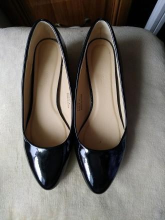 Продам новые нарядные туфли на полную ногу. Классическая лодочка. Подойдет как к. Киев, Киевская область. фото 2