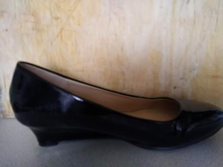 Продам новые нарядные туфли на полную ногу. Классическая лодочка. Подойдет как к. Киев, Киевская область. фото 6