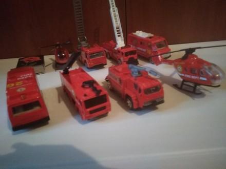 Продам набор пожарных машинок. Мариуполь. фото 1