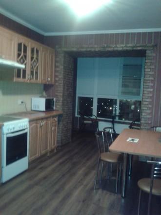 Сдам уютную просторную квартиру в новом доме с мебелью,техникой на длительно.800. Поселок Котовского, Одесса, Одесская область. фото 2