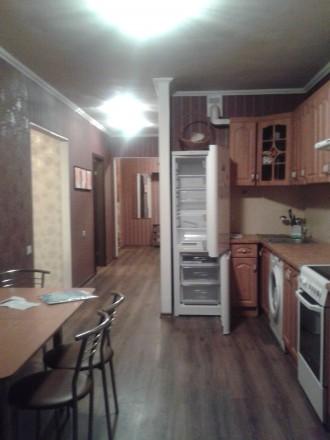 Сдам уютную просторную квартиру в новом доме с мебелью,техникой на длительно.800. Поселок Котовского, Одесса, Одесская область. фото 5