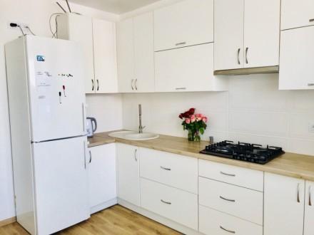 Укомплектована сучасна квартира, є усі меблі та побутова. Ціна 5500+ ліч Перед. Счастливое, Ровно, Ровненская область. фото 3
