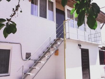 Продается 2-х этаж. дом с номерами для отдыхающих.  Р-н Лиски.. Бердянск. фото 1