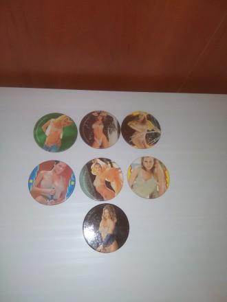 Продам вкладыши кэпсы с женщинами. Мариуполь. фото 1