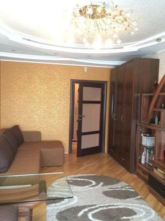 2-комнатная квартира, 72 кв.м. Винница. фото 1