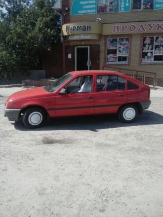 Опель Кадет, обмен на авто побольше и мощнее. Кременчуг. фото 1