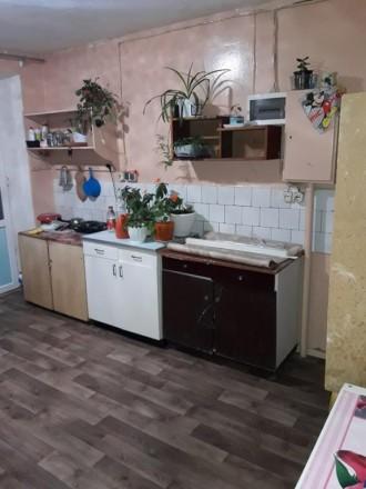 Продам комнату в общежитии на 9м этаже 9ти этажного кирпичного дома. Чернигов. фото 1