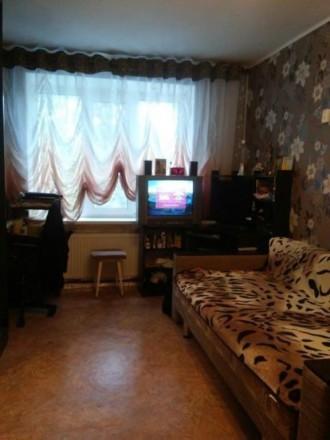 Продам комнату в общежитии на 3м этаже 9ти этажного кирпичного дома. Чернигов. фото 1