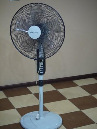 Вентилятор напольный, вентилятор на ножке. Киев. фото 1