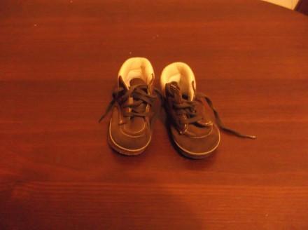 Продам демисезонные ботиночки на мальчика. Кривой Рог. фото 1