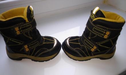 Ботиночки b&g. Каменское. фото 1