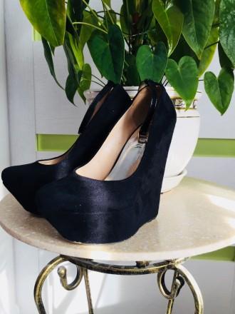 Туфли замшевые черные 37р.. Киев. фото 1