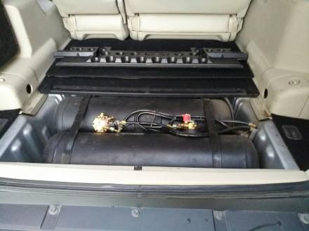 автомобиль приобретен в июле 2008г. 2 комплекта резины на дисках. Газовое оборуд. Донецк, Донецкая область. фото 10
