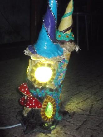 Приглушенный свет, оттенки от зеленого до синего. Материал - поликерамика.. Бобровица, Черниговская область. фото 4