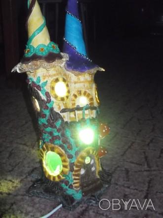 Приглушенный свет, оттенки от зеленого до синего. Материал - поликерамика.. Бобровица, Черниговская область. фото 1