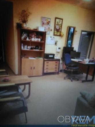 код 807175   Продам  3 - комнатную квартиру в центре города вместе с подвальным . Приморский, Одесса, Одесская область. фото 1