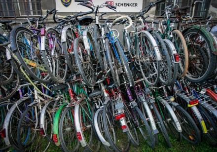фирма из Остравы ( Чехия)  KOLAPROAFRIKU предлагает дешевые подержанные велосипе. Львов, Львовская область. фото 3