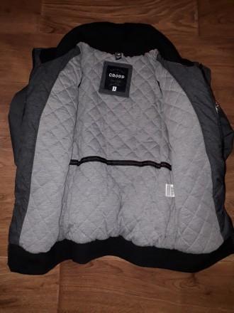 Продам крутезную теплую куртку на зиму. Состояние супер. Раз 5 может одевала. Р. Киев, Киевская область. фото 2
