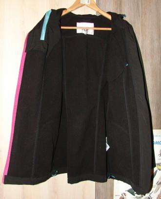 Куртка bpc 42 р. (L-XL) в отличном состоянии Замеры: Длина 76 см, ПОГ 53 см, д. Киев, Киевская область. фото 4