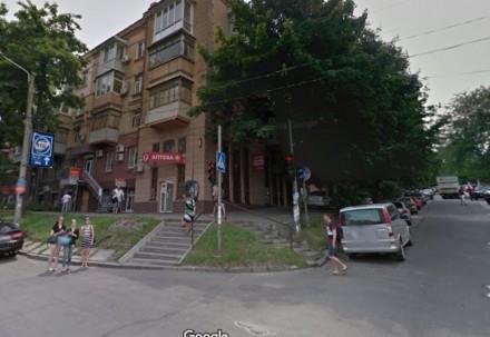 Квартира находится ул.Титова возле Кинотеатра Спутник.Квартира расположена на 6о. Днепр, Днепропетровская область. фото 3