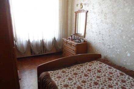 Квартира находится ул.Титова возле Кинотеатра Спутник.Квартира расположена на 6о. Днепр, Днепропетровская область. фото 12
