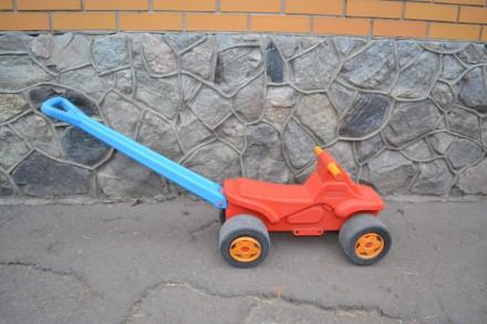 Машинка каталка. Сумы. фото 1
