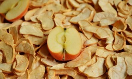Продам сушёные яблоки. Тальное. фото 1