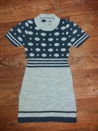 Продам теплое платье с коротким рукавчиком. Лозовая. фото 1