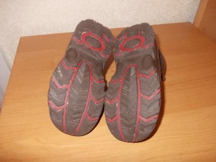 Демисезонные ботинки коричневого цвета (имеются вставки красного цвета) на шнурк. Днепр, Днепропетровская область. фото 6